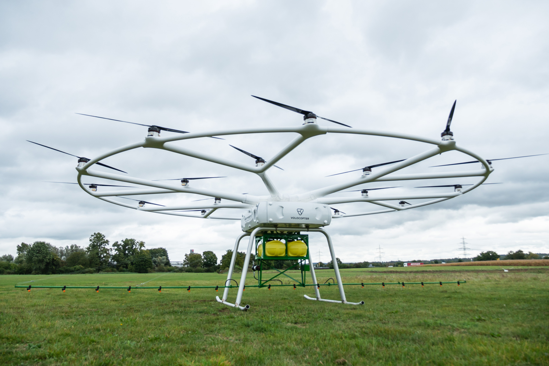 Heavy-lift utility drone for agriculture