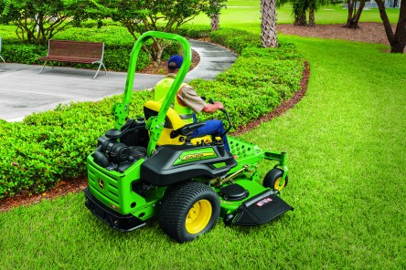 COMMERCIAL ZERO TURN ZTRAK MOWERS
