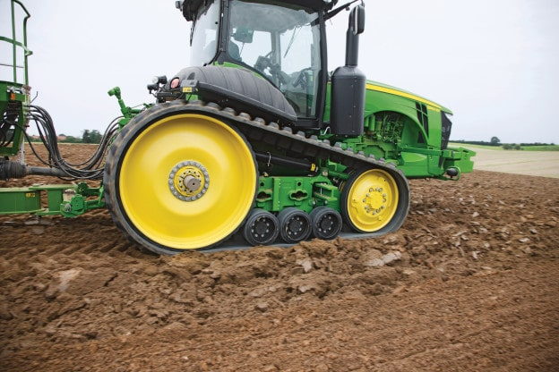 TRACKLAYER TIPS TO HELP TACKLE WET CONDITIONS