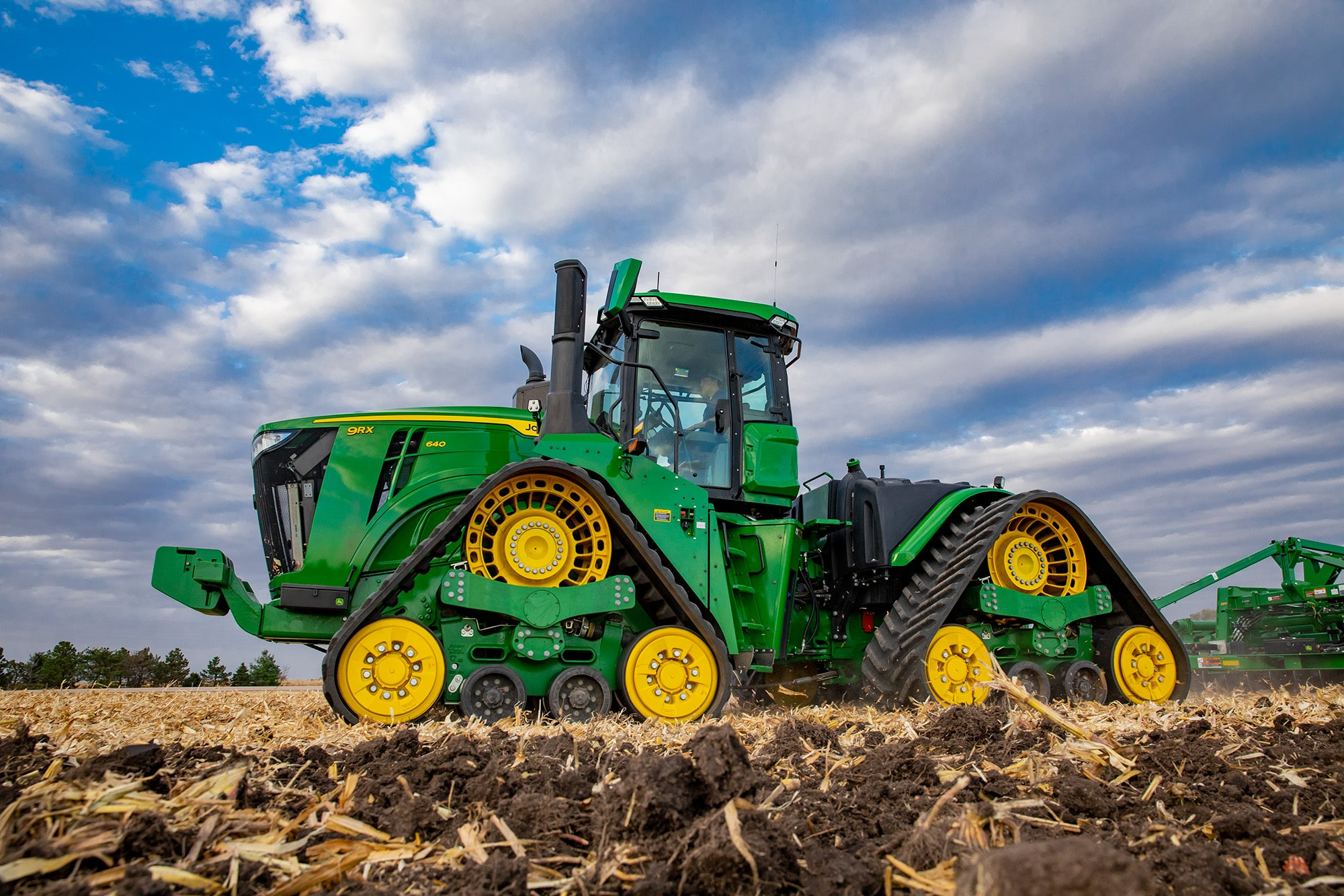 Press Release: New 9R Series tractors are stronger and smarter